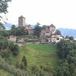 Schloss Tirol vom Westen