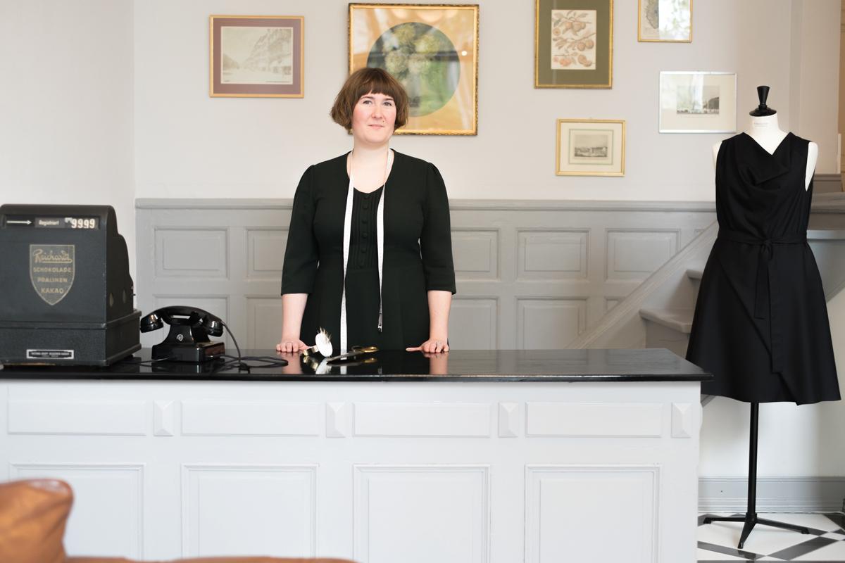 Galatea Ziss Atelier für Bekleidung Theke